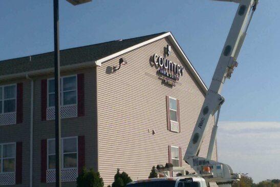 Country Inn & Suites Parking Lot Light Repair